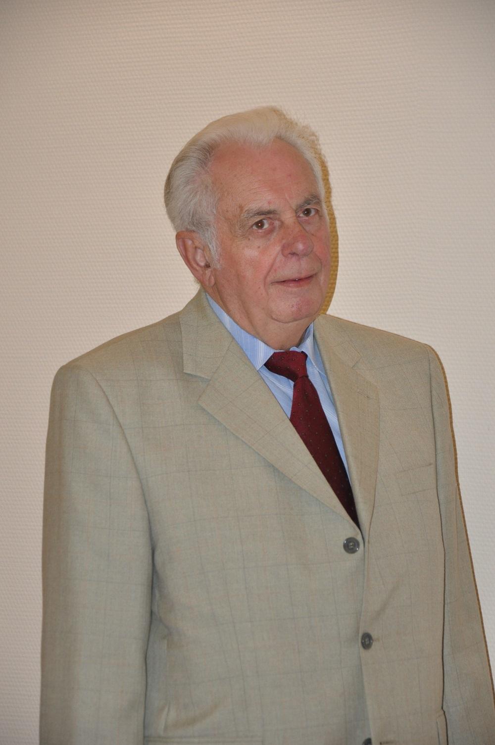 prof. dr hab. Czesław Skowronek